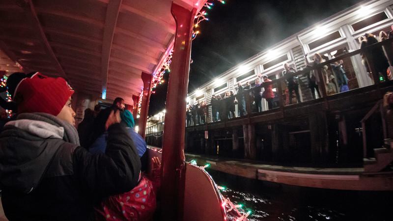 Boat Lights-8.jpg