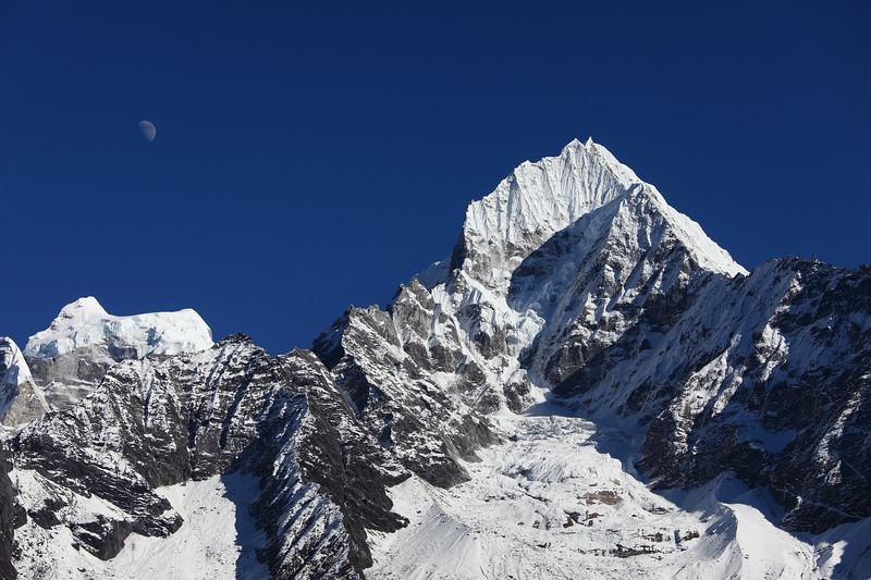 Mt. Thamserku, Himalaya, Nepal