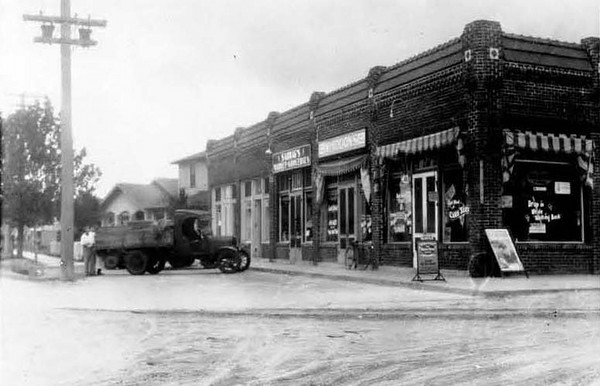1928-Golfair and Boulevard-Brentwood.jpg