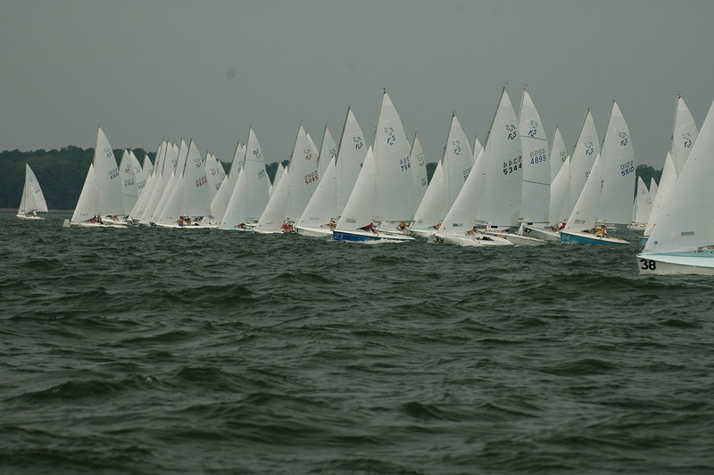 start of race 1: 105, 61, 84, 1, 23, 72, 39, 47, 64, 38