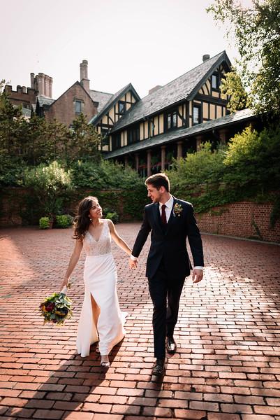 Cleveland, Ohio Wedding Photographer   Aly & Egon's Stan Hywet Wedding