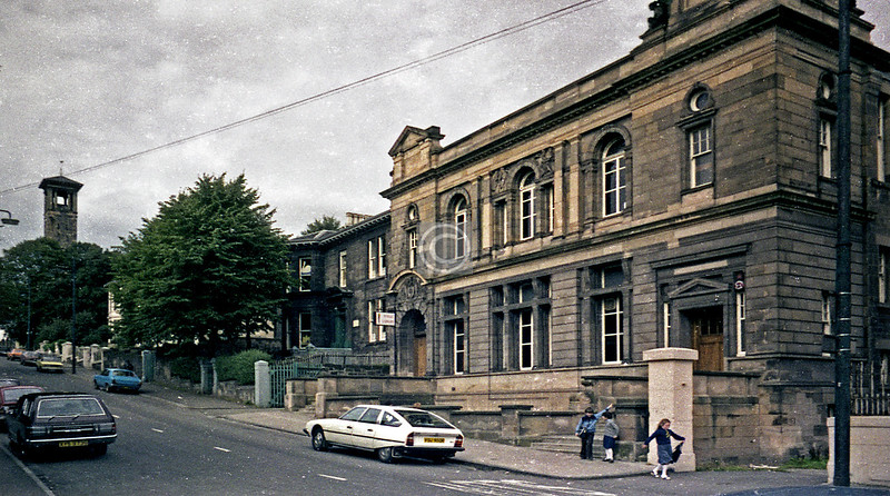 Bottom end of Craigpark, Dennistoun Library, with the tower of Regent Place Church. September 1978