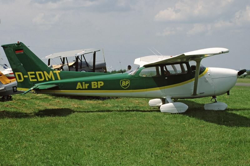 D-EDMT-CessnaF172N-Private-EDXM-2002-05-26-LM-43-KBVPCollection.jpg