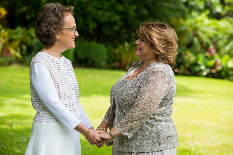 Roberta and Joan, Temple Israel