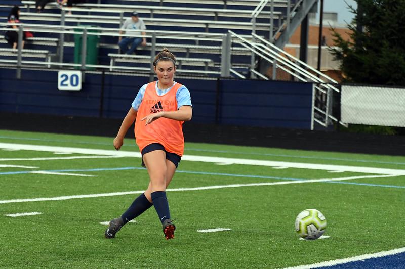girls_soccer_2267.jpg