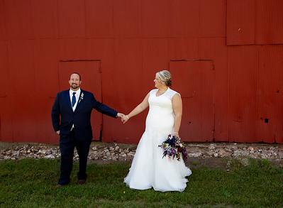 Bride, Groom & Wedding Party - Holly & Kevin