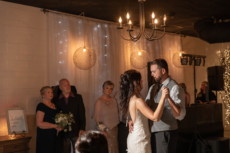Candice and Brett-915.jpg