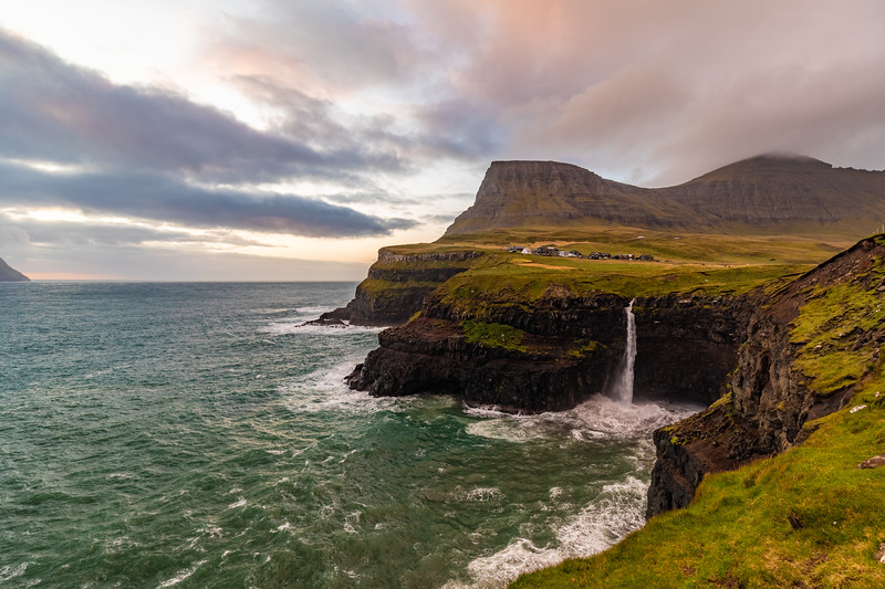 Faroes_5D4-2354-HDR.jpg