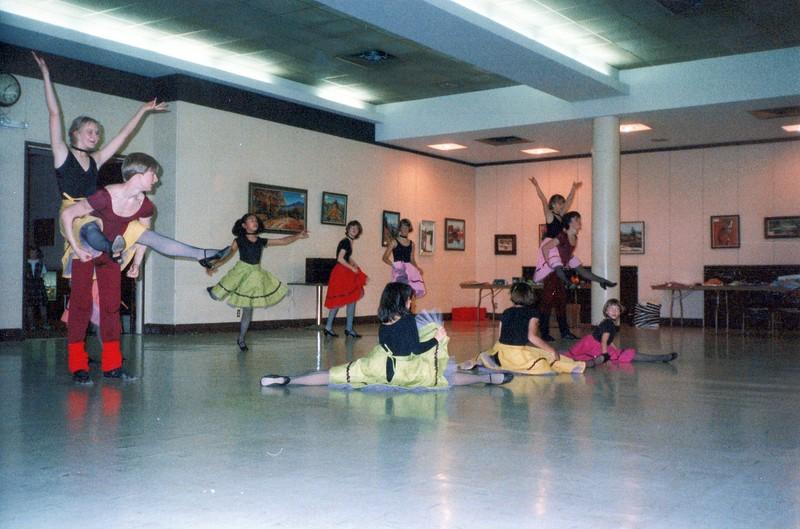 Dance_1948_a.jpg