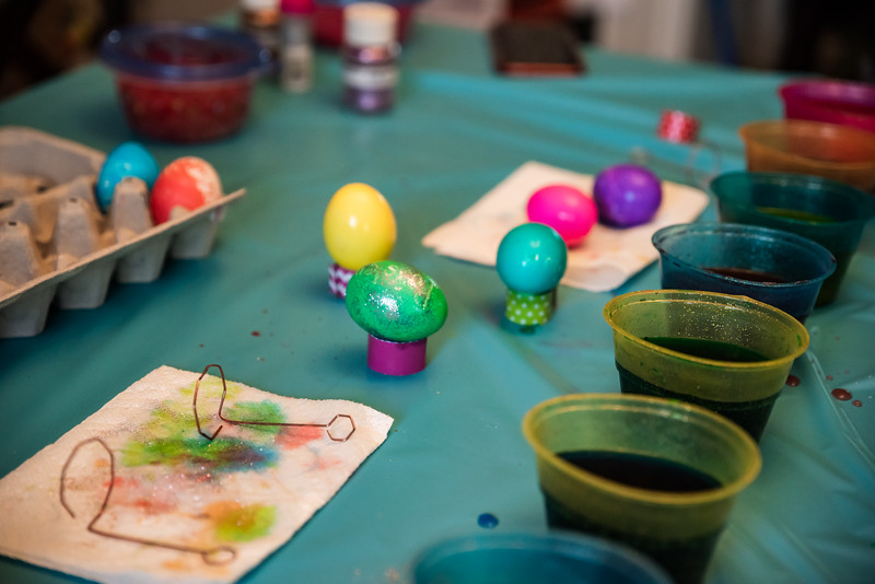 Easter Egg Dying 2020-9627.jpg