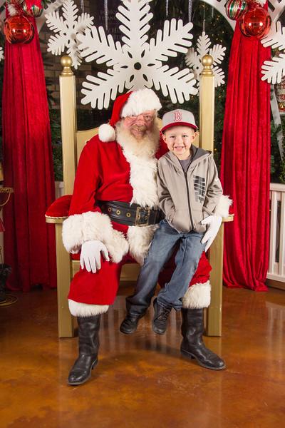 Santa 12-16-17-136.jpg