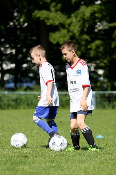 hsv_fussballschule-033_48047948171_o.jpg
