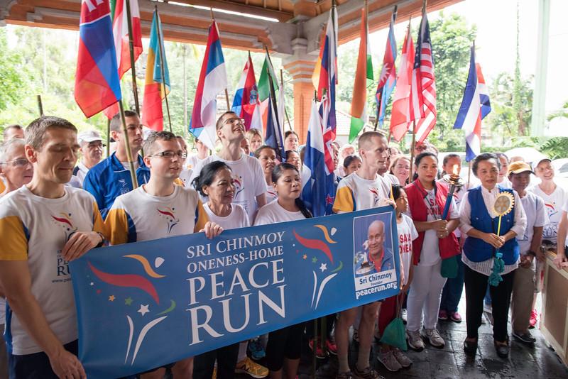20170202_Peace Run Denpasar w_Mayor_034.jpg