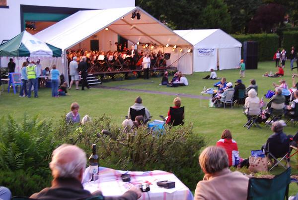 2010 Proms in Hollycroft park Hinckley