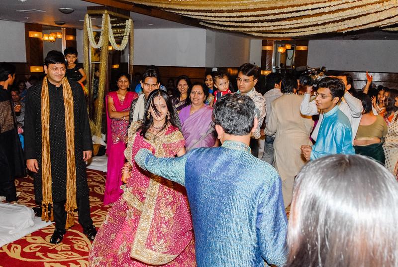 Wedding_Bombay_1206_409-2.jpg