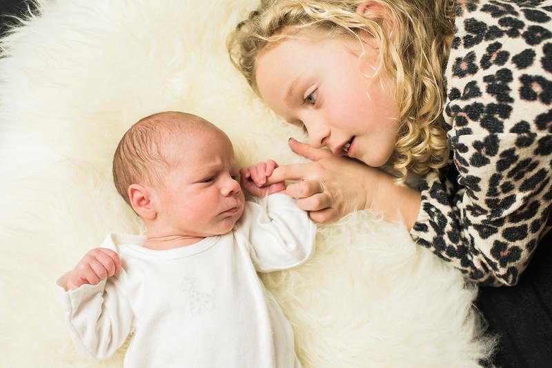 Newborn-Louise (97 van 142).jpg