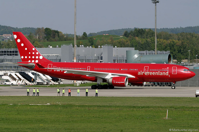 OY-GRN A330-223 Air Greenland @ Zurich Switzerland 14Sep03
