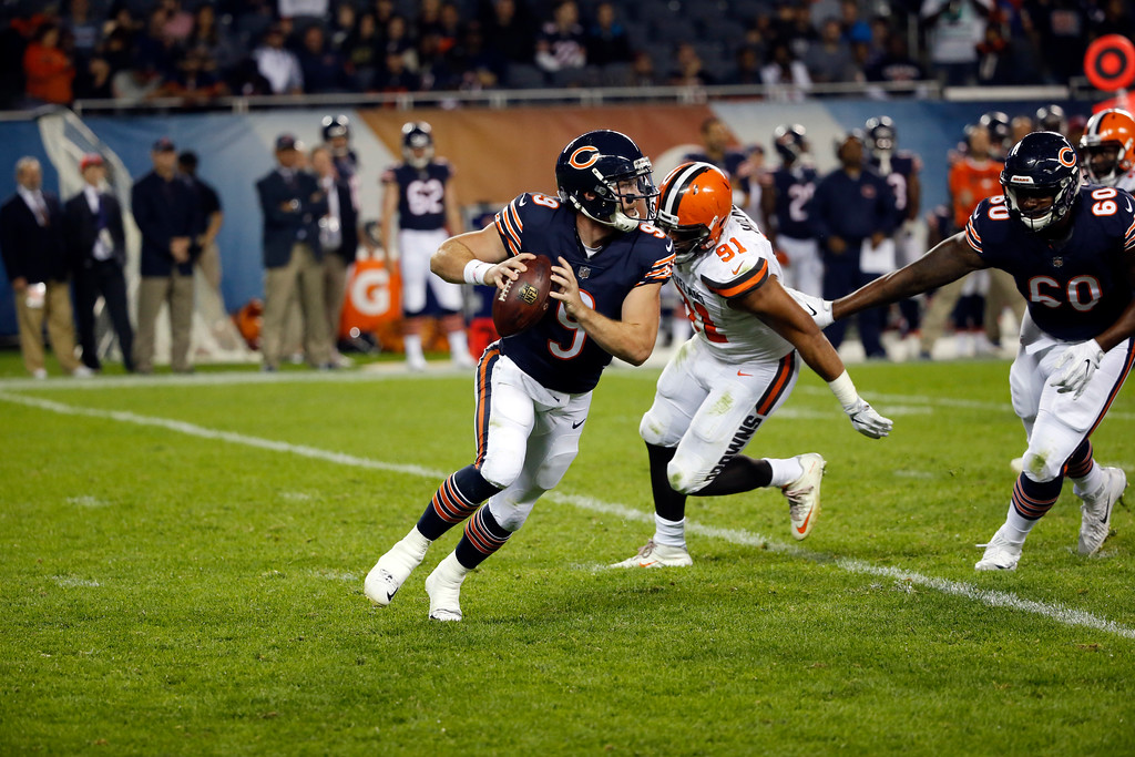 . Chicago Bears quarterback Connor Shaw (9) scrambles during the second half of an NFL preseason football game against the Cleveland Browns, Thursday, Aug. 31, 2017, in Chicago. (AP Photo/Charles Rex Arbogast)