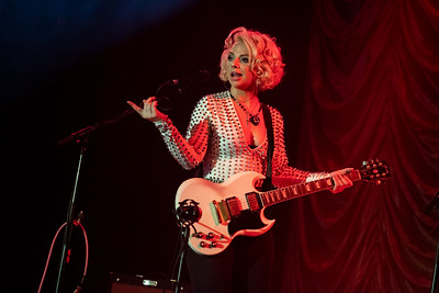 Samantha Fish Spreads Her Net Over London