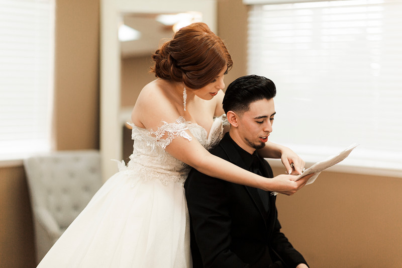 Alexandria Vail Photography Wedgewood Fresno Wedding Alexis   Dezmen270.jpg