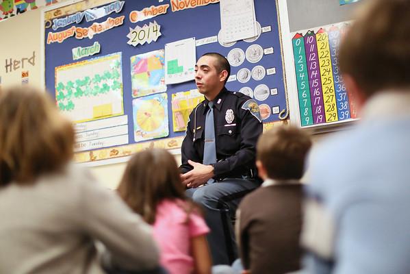 State Trooper visits Kindergarten Class