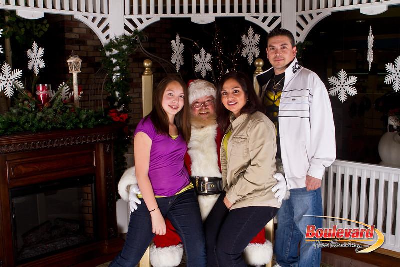 Santa Dec 15-60.jpg