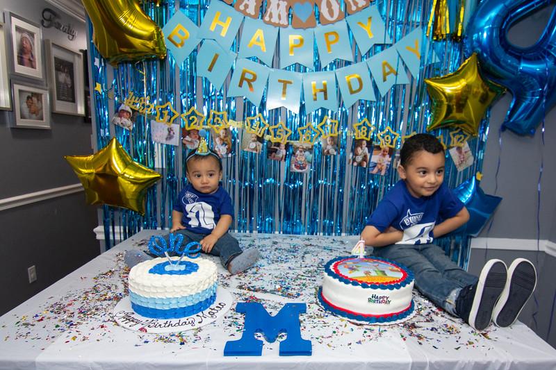 2020 10 Jose and Susanah Family _MG_059320.jpg
