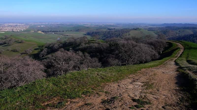 ridge-trail-7.jpg