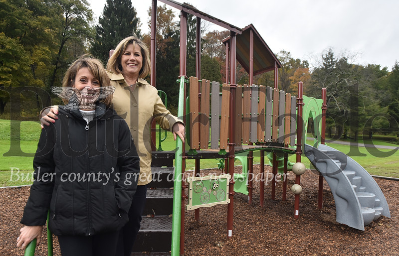 72713 Butler AM Rotary puts new playground at  Butler Memorial Park