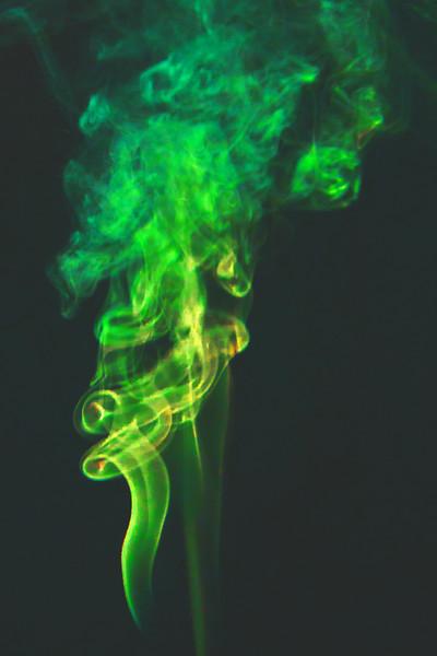 Smoke Trails 5~8639-1.