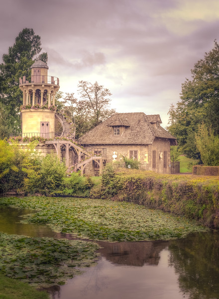 Dreamy Tower in La Domaine de Marie-Antoinette
