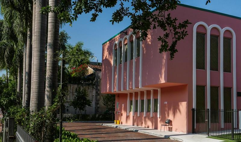 V3959 Miami Beach.jpg