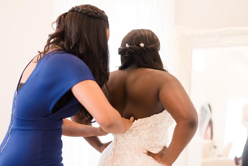 Lachniet-MARRIED-a-Pre-Ceremony-0235.jpg