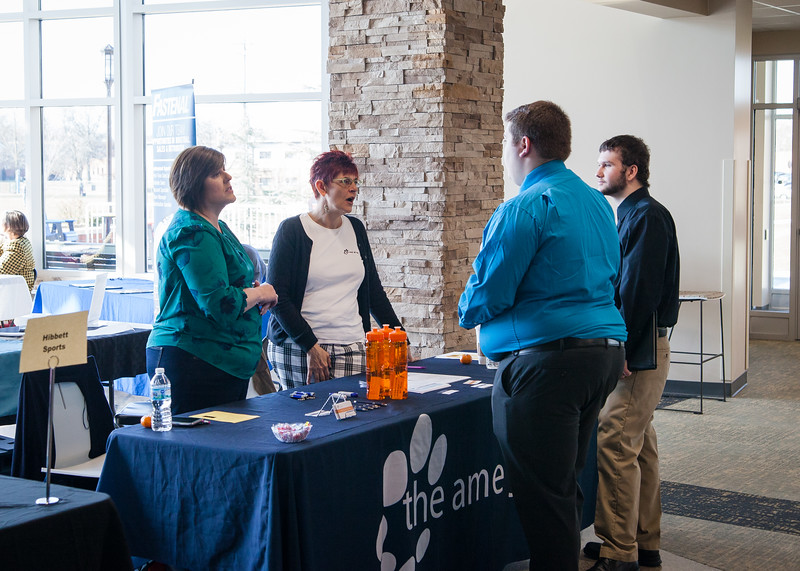 180322-CareerFair-13.jpg