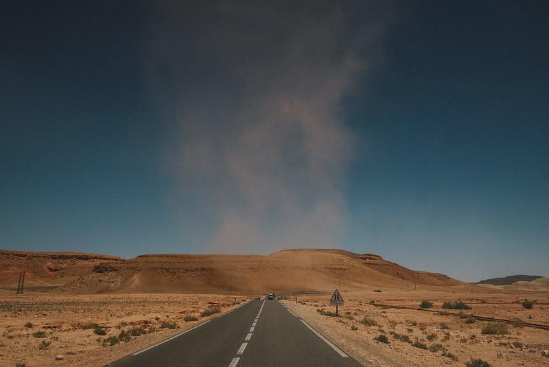Tu-Nguyen-Destination-Wedding-Photographer-Morocco-Videographer-Sahara-Elopement-93.jpg