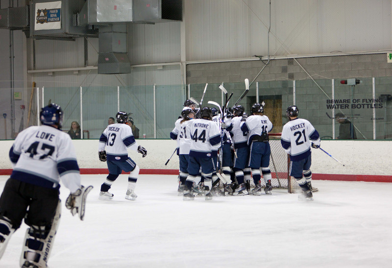 20110224_UHS_Hockey_Semi-Finals_2011_0474.jpg