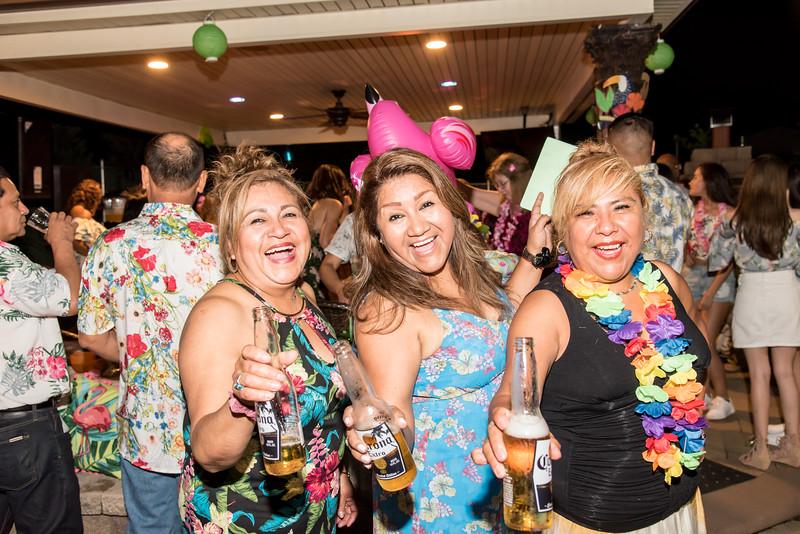 Aloha Birthday Party Cesar LumoBox-122.jpg