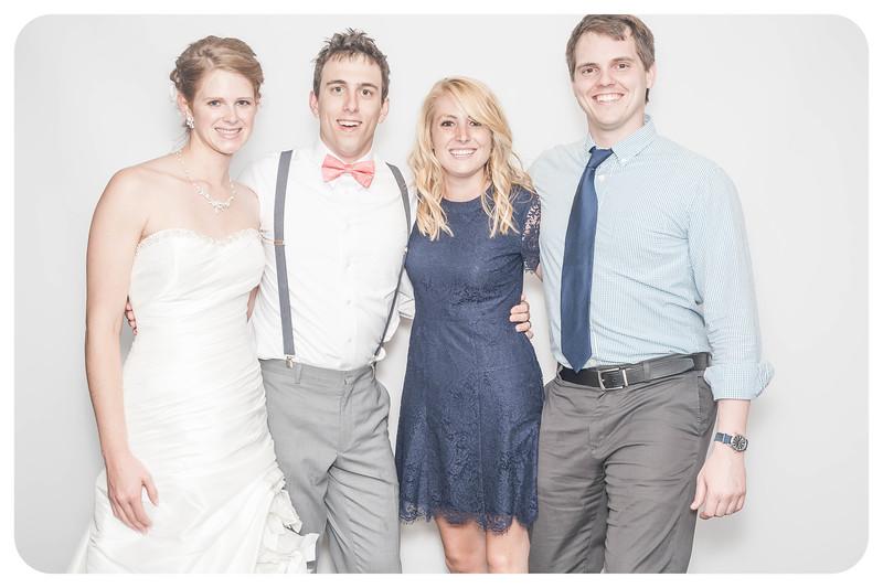 Laura+Ross-Wedding-Photobooth-121.jpg