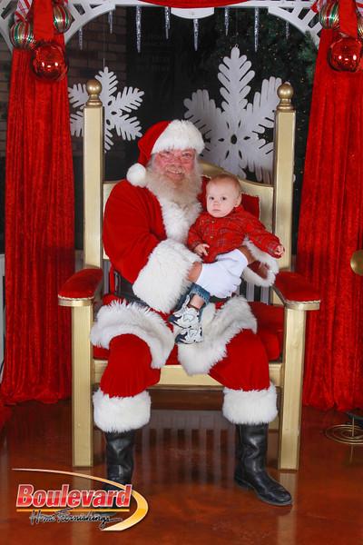 Santa 12-10-16-203.jpg