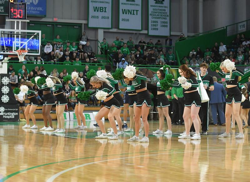 cheerleaders3855.jpg
