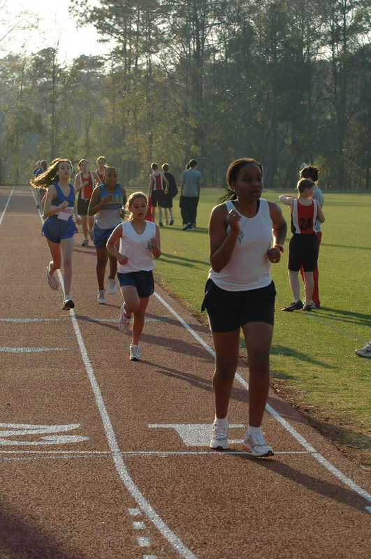 1:38 Danreyell and Jenna at 400m
