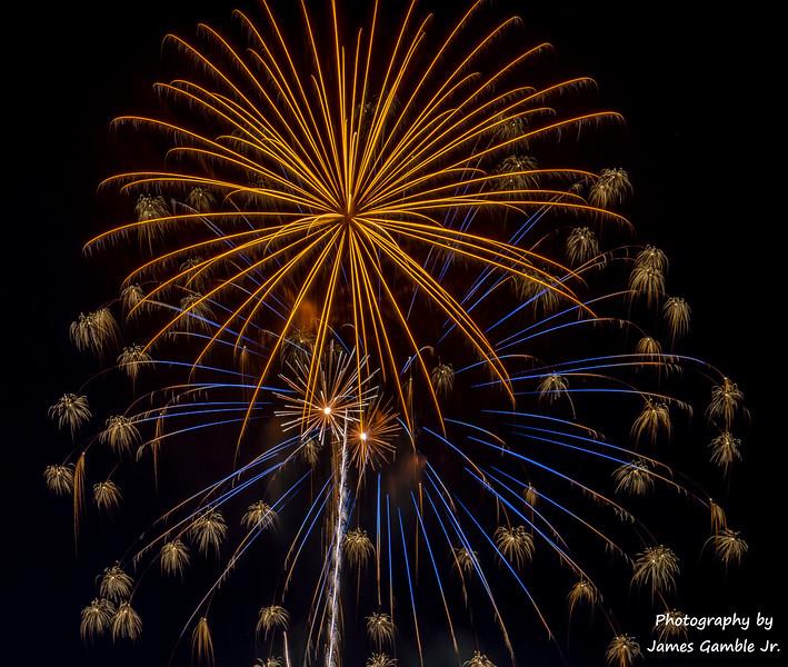Fourth-of-July-Fireworks-2016-0371.jpg