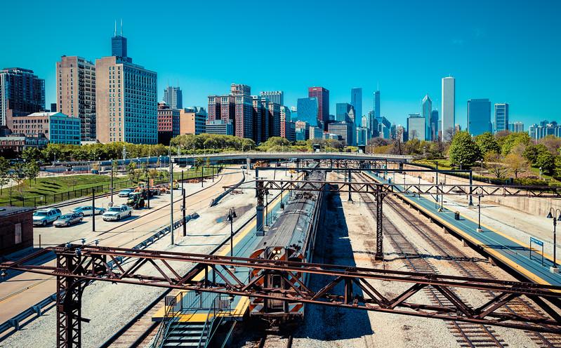 Trains in Chicago-2.jpg