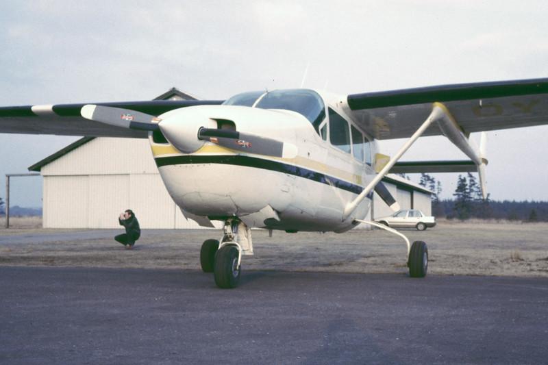 OY-BVP-Cessna337DSuperSkymaster-Private-EKBI-1985-RB-47-KBVPCollection.jpg