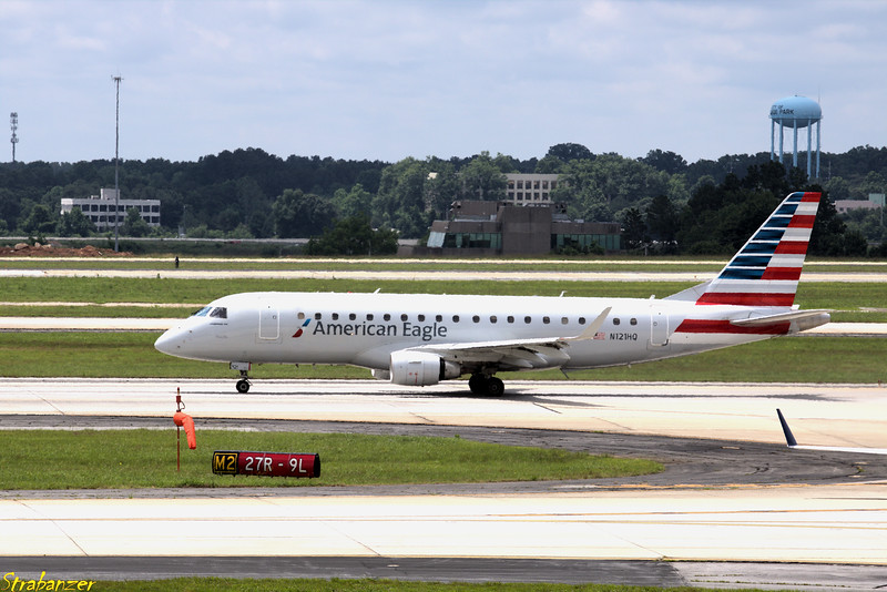 Embraer ERJ-175LR  s/n 17000194 N121HQ Republic Airline/American Eagle