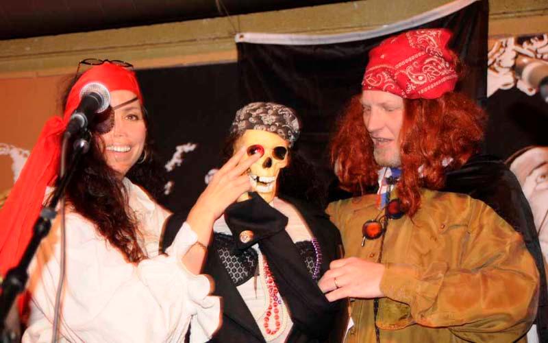 Pirate Jenny, the skeleton, and skeleton owner.