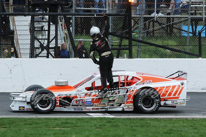 NWMT-STF-ARI-6-Ryan Preece celebrates-55120.jpg