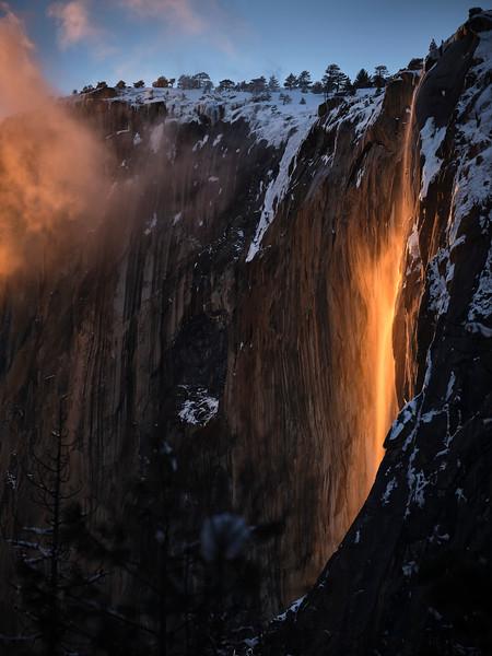 Firefall, Yosemite NP 5.jpg