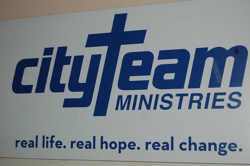 abrahamic-alliance-international-common-word-community-service-cityteam-2011-11-20_05-06-25-loureen-murphy.jpg