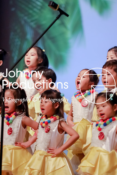 0076_day 1_yellow shield_johnnyproductions.jpg